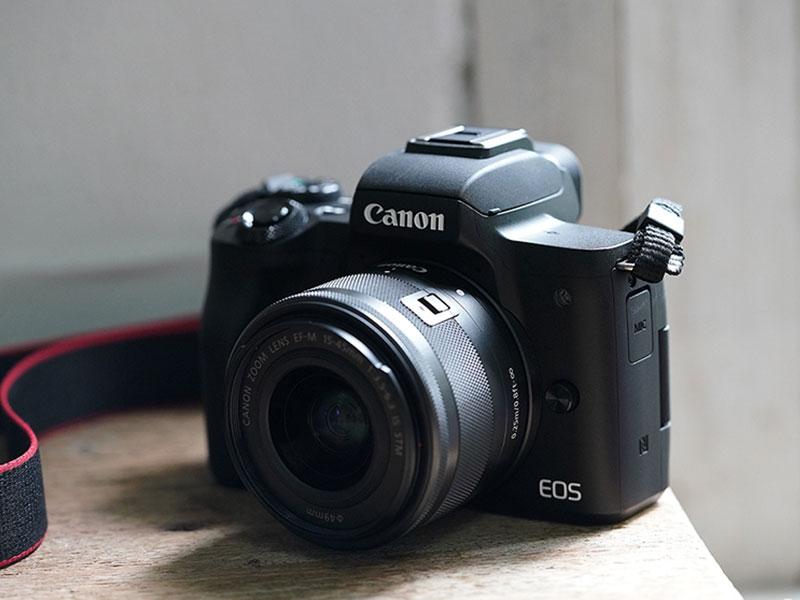 Canon-EOS-M-pic